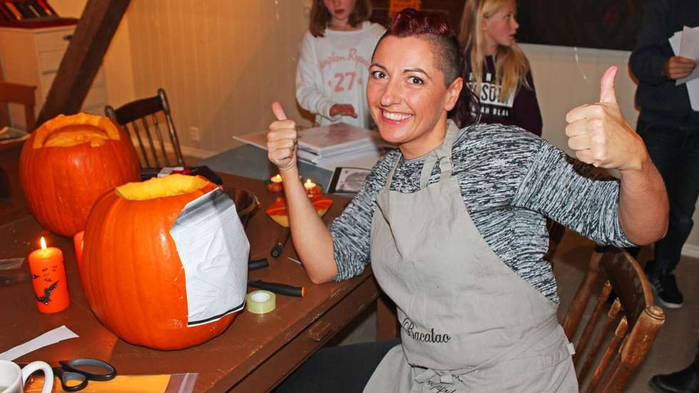 Pumpkin carving workshop at Dalalåven October 2014