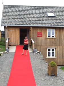 Me welcoming gueste on the red carpet outside Dalalåven Art Studio