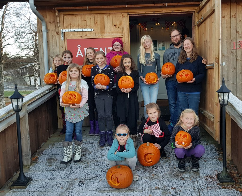 at my pumpkin carving workshop here at Dalalåven Atelier