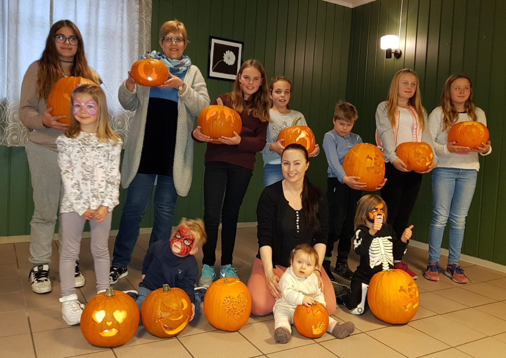 I have held annual pumpkin carving workshops for The Association of Children with Heart Disorders for many years now. This is always a fun day! This is from the event in october 2017