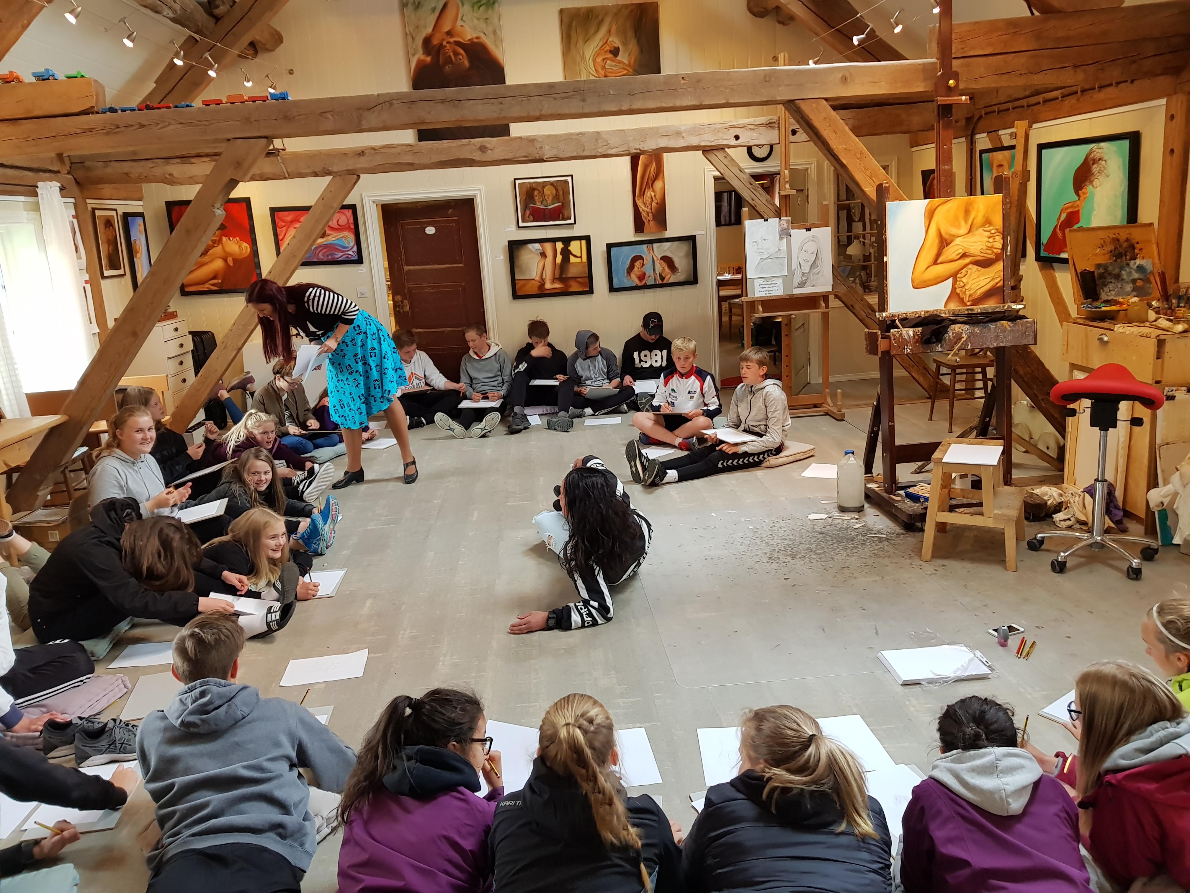 Life drawing classes at Rørosmartnan - Inga Dalsegg